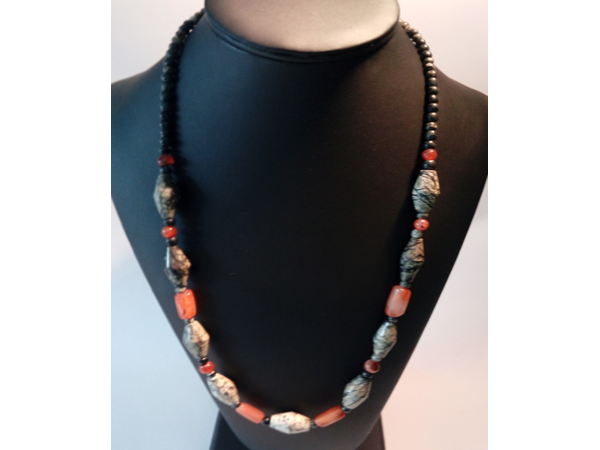 bijoux-artisanaux-uniques-pierre-obsidienne
