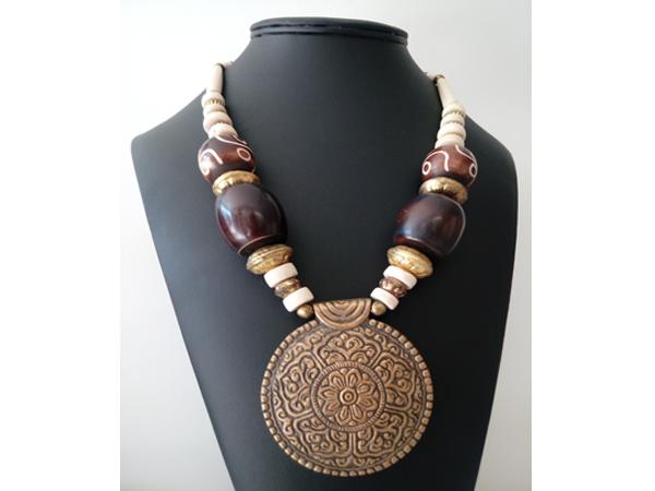 bijoux-artisanaux-uniques-os-de-chameau