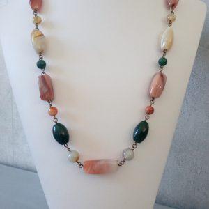 collier perles semi-précieuses des Vosges