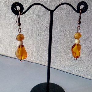 Boucles d'oreilles perles d'ambre et en os de chameau