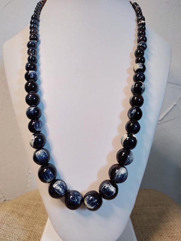 Sautoir en perles de céramique d'Ardèche