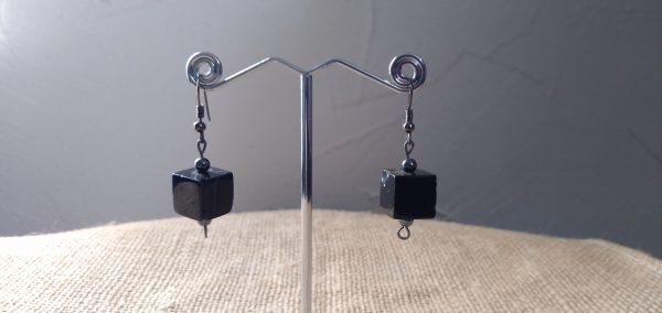 Boucles d'oreilles en pierre d'onyx et pierre d'hématite